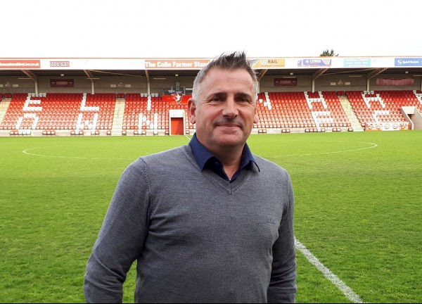 Andy-wilcox-Cheltenham-Town-Chair