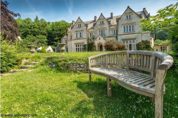 Treat yourself to a course or retreat at Hawkwood College, Stroud
