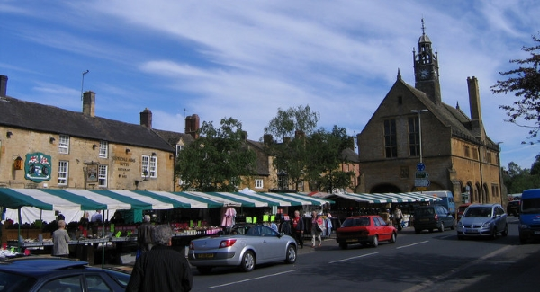 Moreton-in-Marsh Retail Market