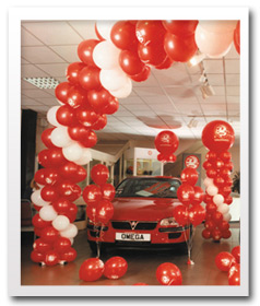glos info banners balloons corporate