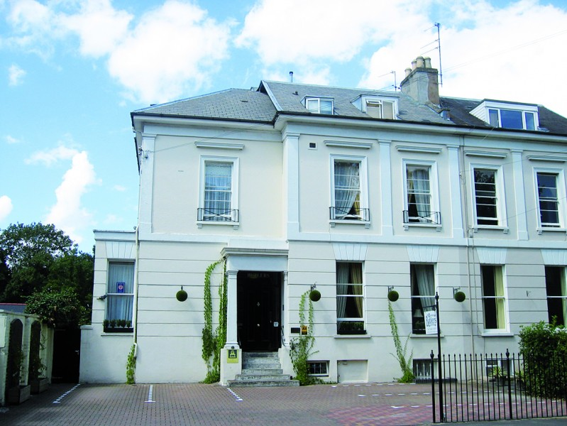 glos.info butlers hotels hotel