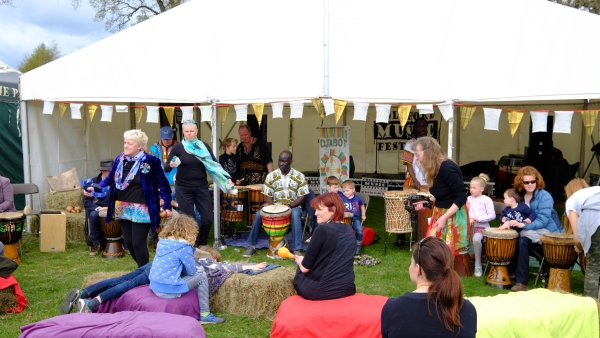 glos.info forest activities festival 2017