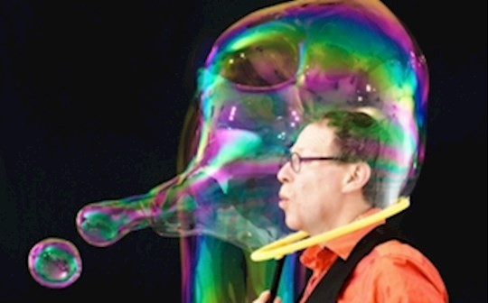 glos.info subscription rooms the amazing bubble man