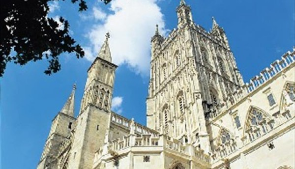 gloucester-cathedral-tour.jpg