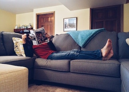man-with-a-van-woman-sofa