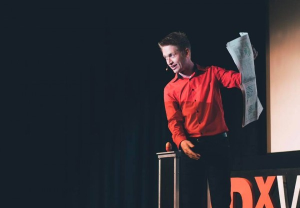 Can you help Comedian and Magician Tom Elliott make it to Edinburgh?