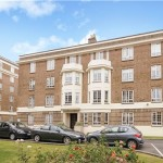 2 bedroom, Flat in Cambray Court, CHELTENHAM, Gloucestershire, GL50 1JX - £225,000