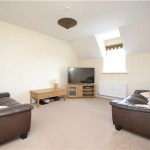 2 bedroom,  Flat in Deans Court, Deans Lea, Bishops Cleeve, Cheltenham - £750 PCM