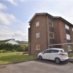 2 bedroom, Flat in Finchcroft Court, Prestbury, CHELTENHAM, Gloucestershire, GL52 5BE - £170,000
