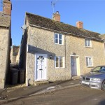 2 bedroom Cottage for sale - £245,000