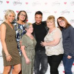 Cheltenham Slimming World Consultants celebrate record year with Aussie singer Peter Andre