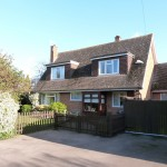 3 bedroom Detached House to rent - £1,100 PCM