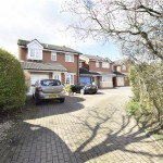 4 bedroom, Detached House in Roy King Gardens, Warmley, BS30 8BQ - £325,000