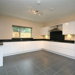 4 bedroom House to rent - £2,750 PCM