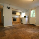 2 bedroom Flat to rent - £950 PCM