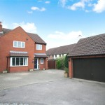 4 bedroom House to rent - £2,500 PCM
