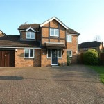 4 bedroom House to rent - £1,700 PCM