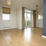 2 bedroom Flat to rent - £895 PCM