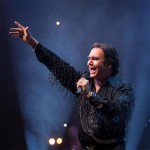 REVIEW: Sweet Caroline, A Tribute to Neil Diamond