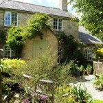 2 Bedroom Cottage in Simons Lane, Shipton-Under-Wychwood, OX7 - £1,100