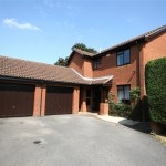 4 bedroom House to rent - £1,395 PCM
