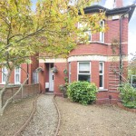 4 bedroom House for sale - £825,000