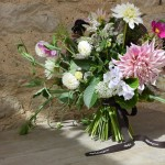 Seasonal Table Arrangements For Mothering Sunday: Cotswolds