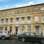 2 bedroom Flat For Sale - £259,950