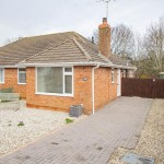 2 bedroom Bungalow For Sale - Hickley Gardens, Brockworth, Gloucester, GL3 4QS - £239,995