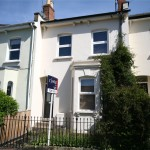 2 bedroom House For Sale - £325,000