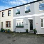 2 bedroom House For Sale - £310,000