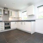 3 bedroom House To Let - £995 PCM