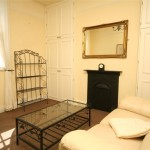 1 bedroom Flat To Let - £750 PCM