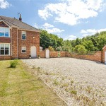 3 bedroom House For Sale - £385,000