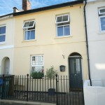 3 bedroom House For Sale - £400,000