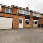 Pine Bank, Bishops Cleeve, GL52 - £1,250pcm + fees