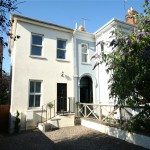 2 bedroom House For Sale - £319,000