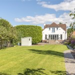 4 bedroom House For Sale - £885,000