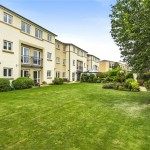 2 bedroom Flat For Sale - £200,000